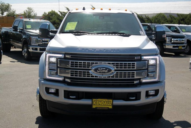 New 2019 Ford Super Duty F-450 DRW Platinum